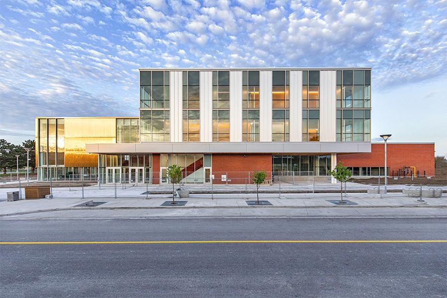 Kalzip clads Seneca College Magna Hall King Ontario
